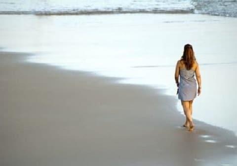 girl beach 1